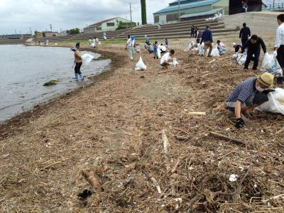 海岸清掃風景2